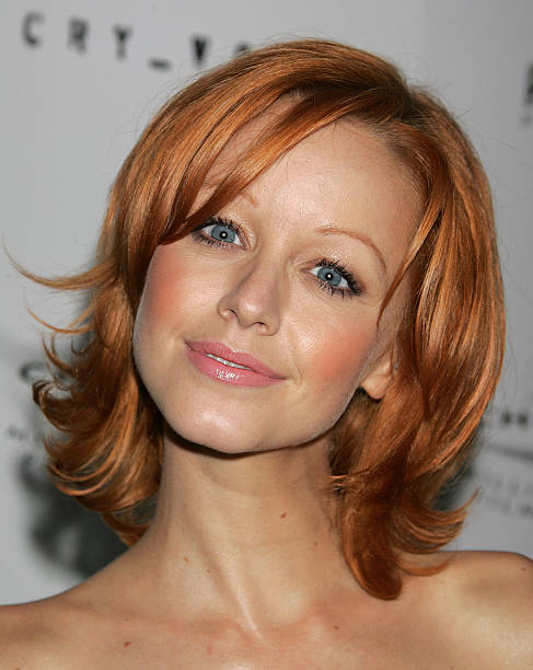 Lindy Booth Nude Photos 89