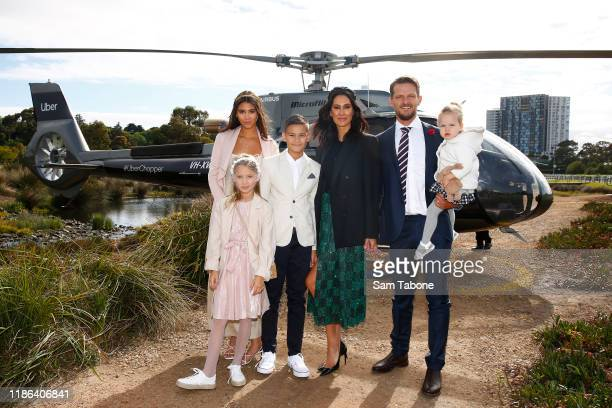 Lindy Klim her husband Adam Ellis and their children Stella RamaEllis Frankie RamaEllis and Rocco RamaEllis arrive at Seppelt Wines Stakes Day at...