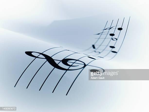 line of music - clave de sol fotografías e imágenes de stock