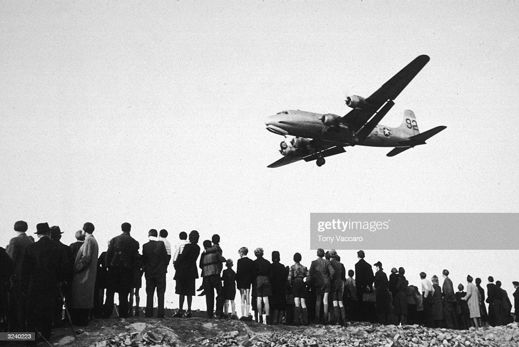 Berlin Airlift : News Photo