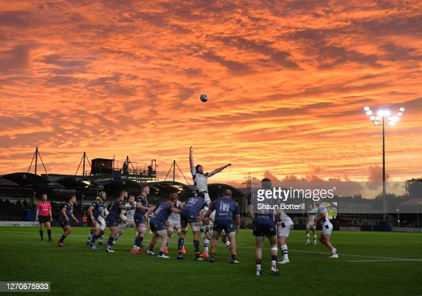 Line out action during the Gallagher Premiership Rugby match between Worcester Warriors and Bristol Bears at on September 04, 2020 in Worcester,...