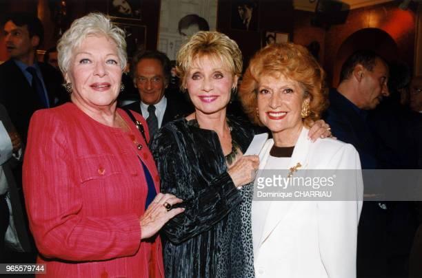Line Renaud Annie Cordy et Rosy Varte le 13 septembre 1999 à Paris France