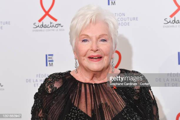 Line Renaud attends Sidaction Gala Dinner 2020 At Pavillon Cambon on January 23 2020 in Paris France