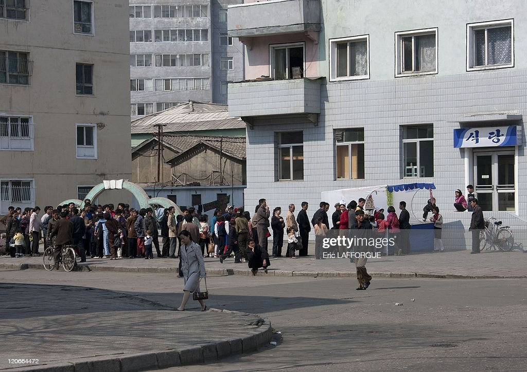 Line To Get Food In Pyongyang, North Korea On April 25, 2010 - : News Photo