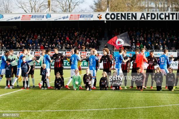 line up Excelsior PSV Jurgen Locadia of PSV Ryan Koolwijk of Excelsior Nicolas IsimatMirin of PSV goalkeeper Ogmundur Kristinsson of Excelsior Jorrit...