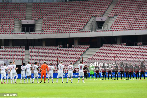 Line up of Nice and PSG during the Ligue 1 match between OGC Nice and Paris SaintGermain at Allianz Riviera on September 20 2020 in Nice France