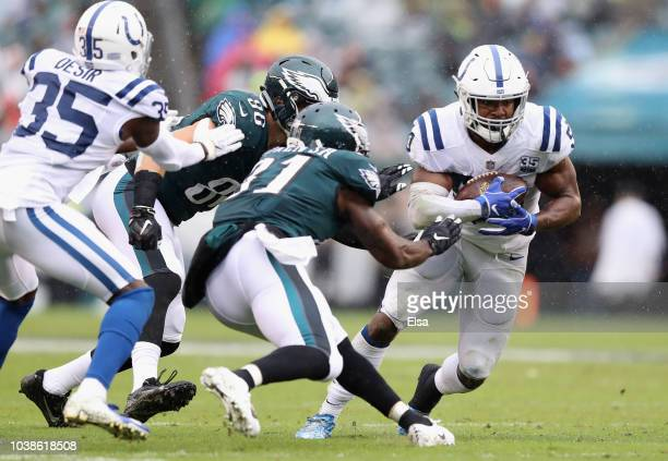 Linebacker Anthony Walker of the Indianapolis Colts picks off a pass intended for tight end Zach Ertz of the Philadelphia Eagles during the third...
