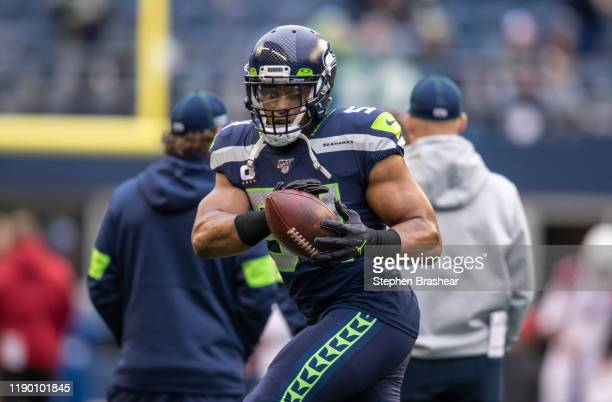 Linebacker Bobby Wagner of the Seattle Seahawks warms up before game against the Arizona Cardinals at CenturyLink Field on December 22, 2019 in...