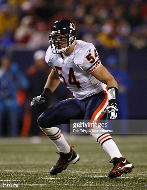 Linebacker Brian Urlacher of the Chicago Bears defends against the New York Giants at Giants Stadium on November 12, 2006 in East Rutherford, New...