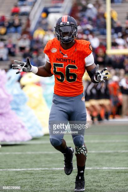 Linebacker Carroll Phillips from Illinois of the North Team during the 2017 Resse's Senior Bowl at LaddPeebles Stadium on January 28 2017 in Mobile...