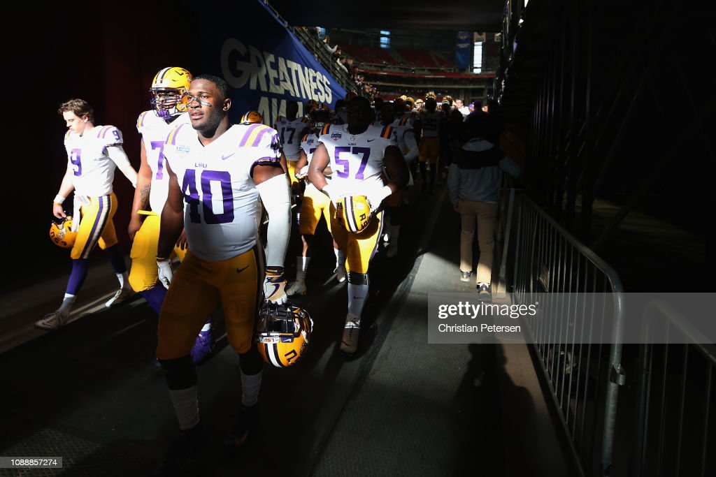 PlayStation Fiesta Bowl - LSU v Central Florida : News Photo