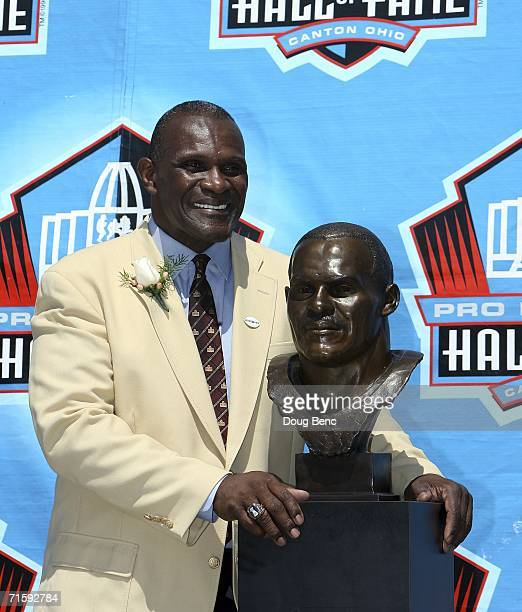 Linebacker Harry Carson of the New York Giants poses with his bust after his induction during the Class of 2006 Pro Football Hall of Fame...