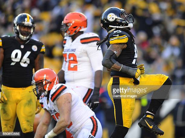 Linebacker Jarvis Jones of the Pittsburgh Steelers celebrates a sack during a game against the Cleveland Browns on January 1 2017 at Heinz Field in...