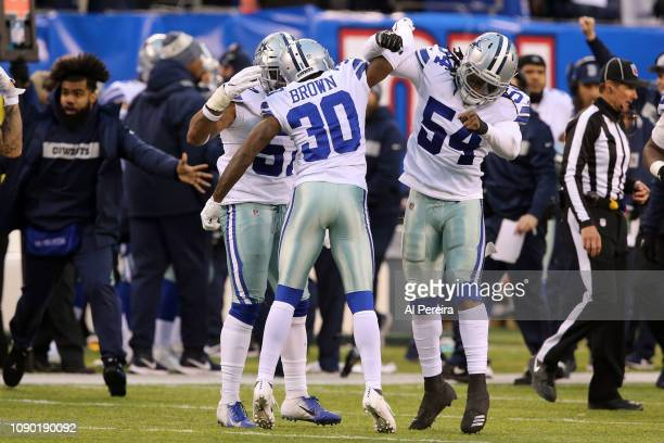 Linebacker Jaylon Smith of the Dallas Cowboys in action against the New York Giants at MetLife Stadium on December 30, 2018 in East Rutherford, New...