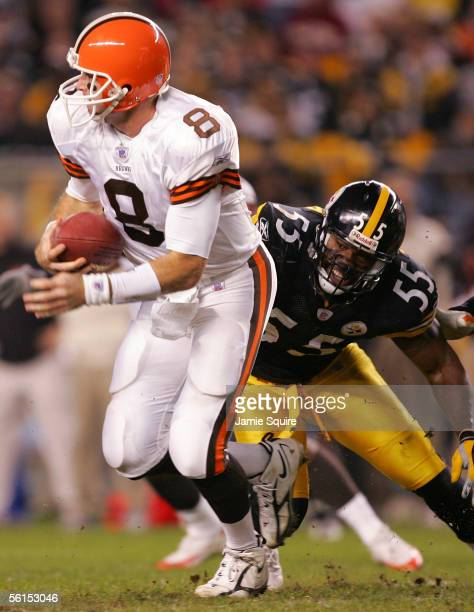 Linebacker Joey Porter of the Pittsburgh Steelers chases quarterback Trent Dilfer of the Cleveland Browns during the first half of the game on...