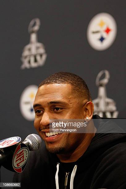Linebacker LaMarr Woodley of the Pittsburgh Steelers talks with the media at the Omni Fort Worth Hotel on January 31 2011 in Fort Worth Texas The...