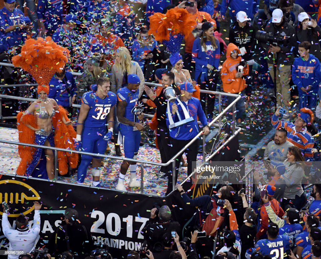 Las Vegas Bowl - Boise State v Oregon : News Photo