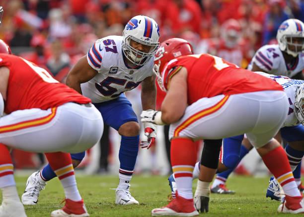 Linebacker Lorenzo Alexander  57 of the Buffalo Bills looks across the line  against the Kansas 8d3d2bcf2
