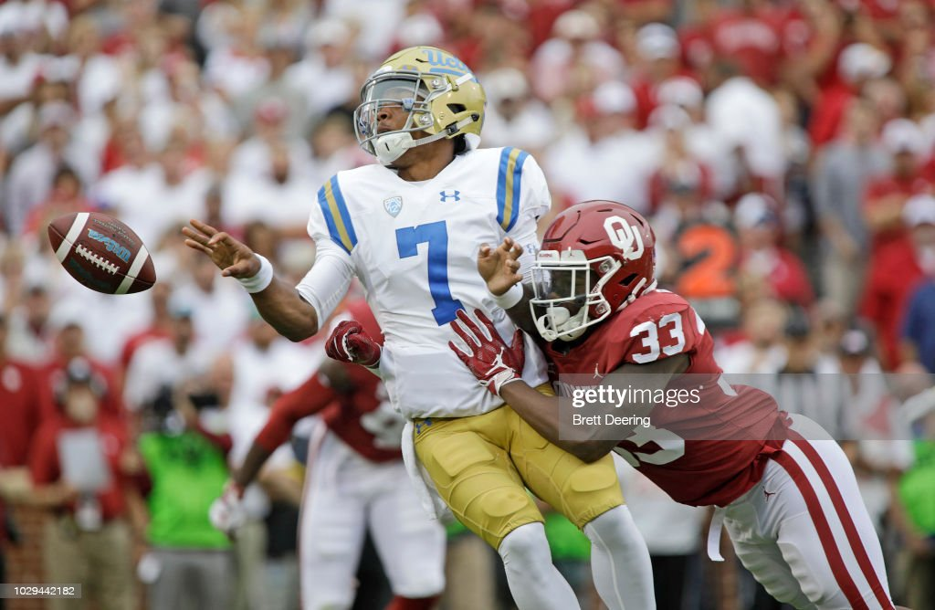 UCLA v Oklahoma : News Photo