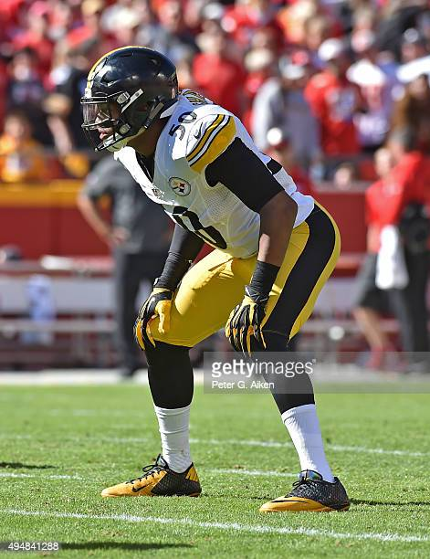 Linebacker Ryan Shazier of the Pittsburgh Steelers gets set on defense against the Kansas City Chiefs during the second half on October 25 2015 at...