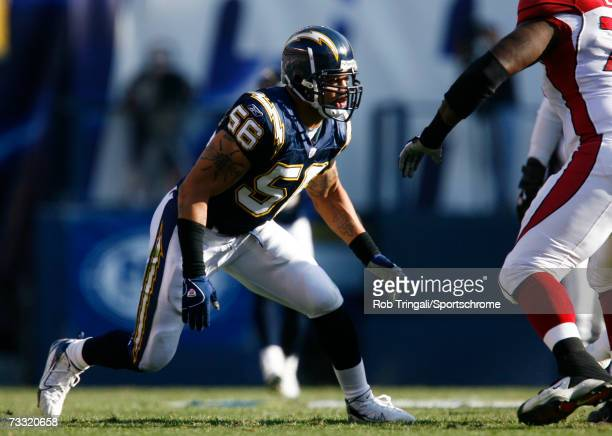 Linebacker Shawne Merriman of the San Diego Chargers rushes the passer against the Arizona Cardinals at Qualcomm Stadium on December 31, 2006 in San...