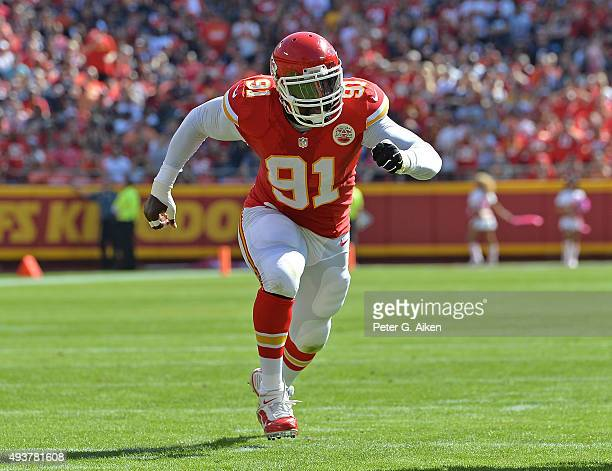 Linebacker Tamba Hali of the Kansas City Chiefs rushes on defense against the Chicago Bears during the first half at Arrowhead Stadium on October 11...