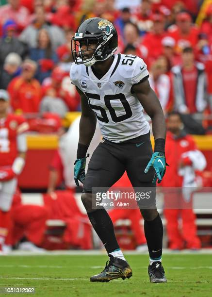 Linebacker Telvin Smith of the Jacksonville Jaguars gets set on defense during the first half against the Kansas City Chiefs on October 7 2018 at...