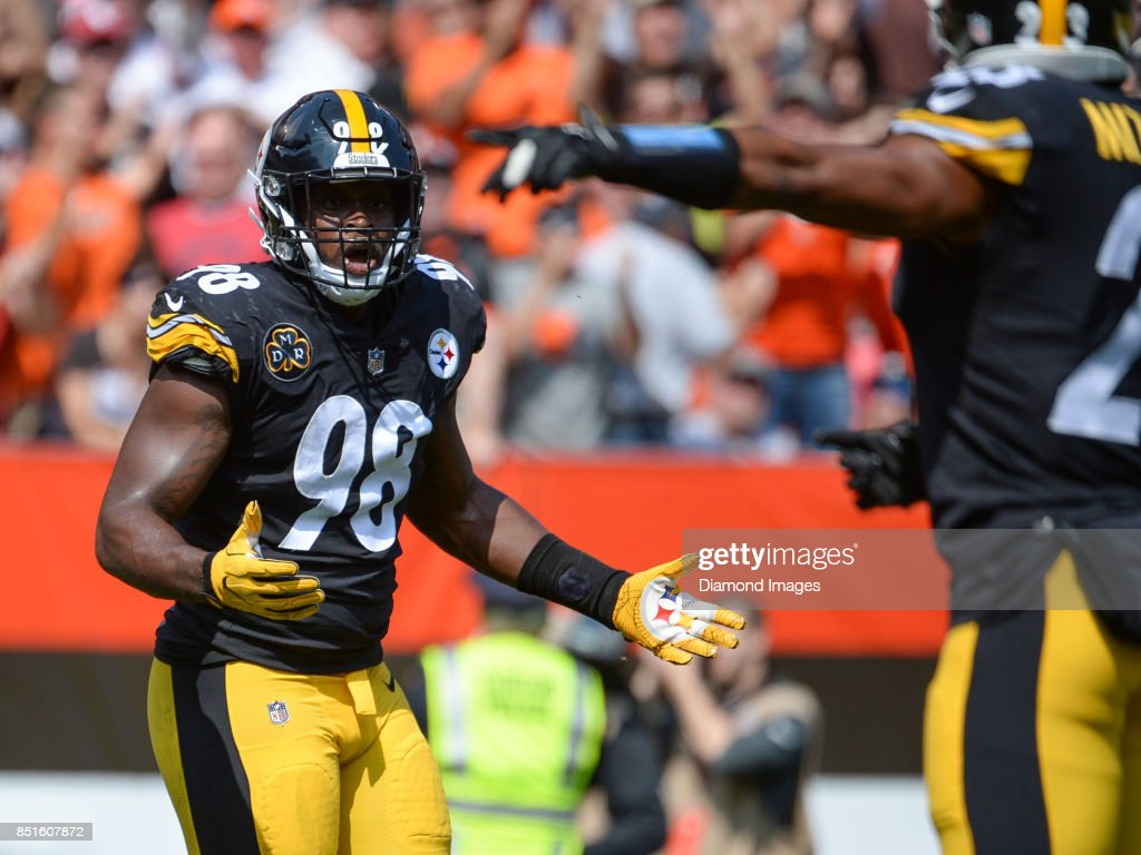 Linebacker Vince Williams #98 of the Pittsburgh Steelers reacts to a pass interference call in the first quarter of a game on September 10, 2017 against the Cleveland Browns at FirstEnergy Stadium in Cleveland, Ohio. Pittsburgh won 21-18.