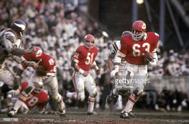 Linebacker Willie Lanier of the Kansas City Chiefs runs with the ball during the fourth quarter of Super Bowl IV on January 11 1960 against the...