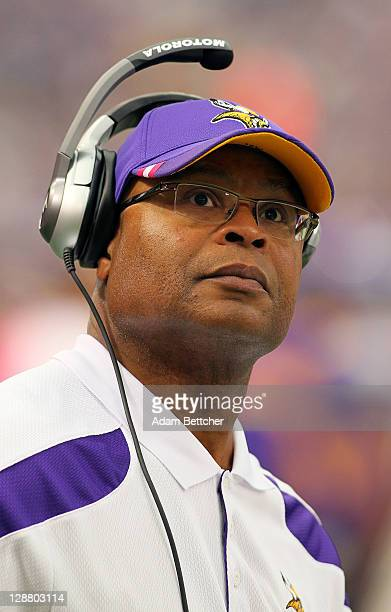 Linebackers Coach Mike Singletary on the sidelines against the Arizona Cardinals at the Hubert H Humphrey Metrodome on October 9 2011 in Minneapolis...