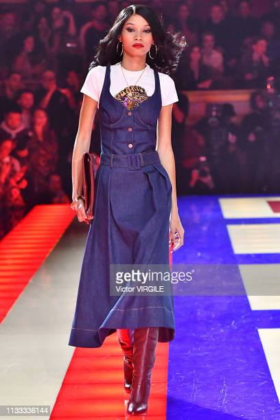 Lineisy Montero walks the runway during the Tommy Hilfiger TOMMYNOW Spring/Summer 2019 TommyXZendaya Premieres at Theatre des ChampsElysees on March...