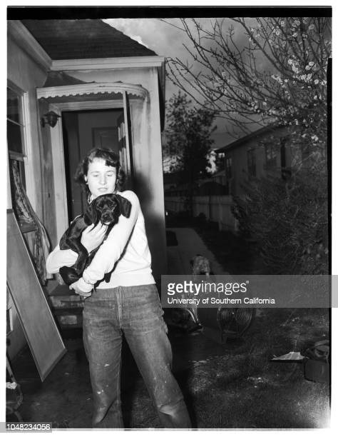 Linemen rescue woman from smoke and firefilled home 13 March 1952 Mrs Marian Nagel Mrs Margot OaklandDog 'Chipper'Joe G Smith Kenneth PearthHarry...