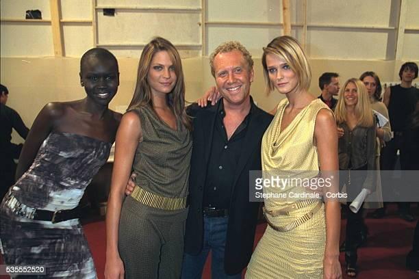 C{line's inhouse designer Michael Kors with models Alek Wek Frankie Rayder and Carmen Kaas