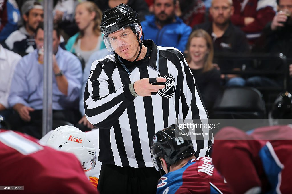 Calgary Flames v Colorado Avalanche : News Photo