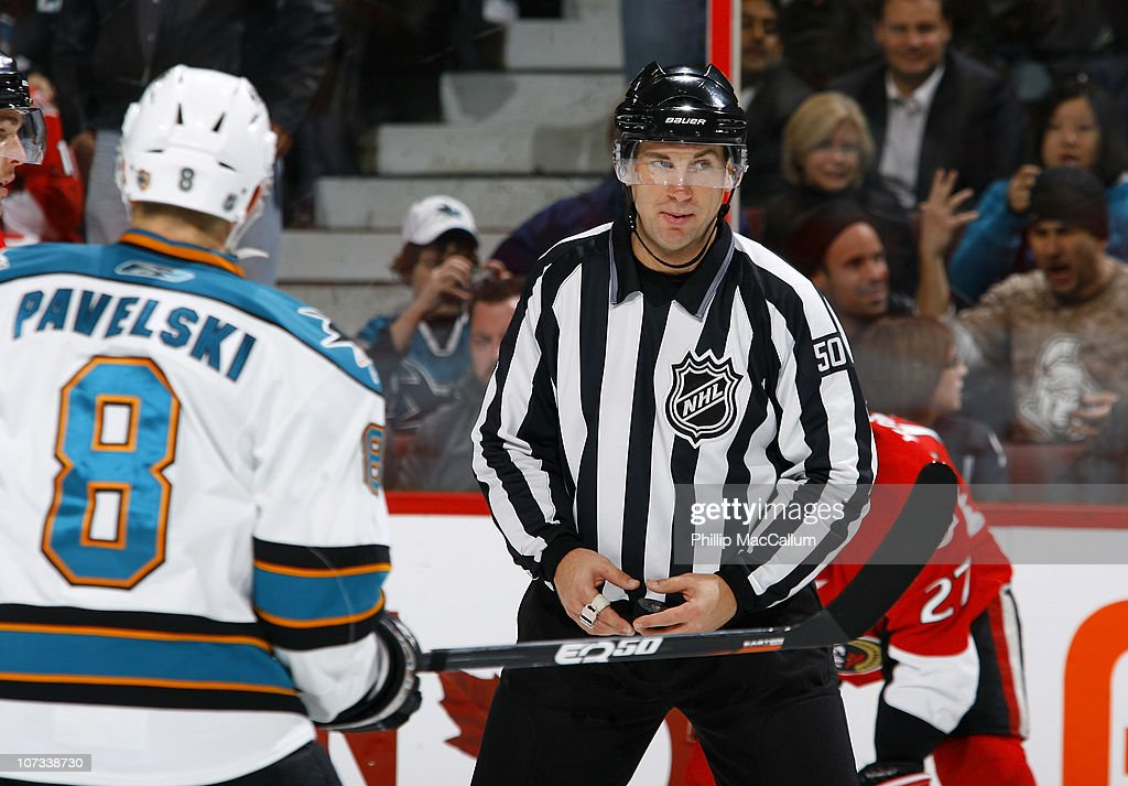 San Jose Sharks v Ottawa Senators : News Photo