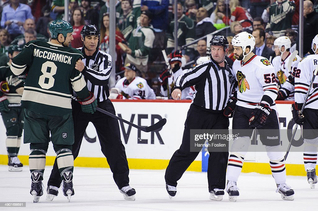 Chicago Blackhawks v Minnesota Wild - Game Four : News Photo