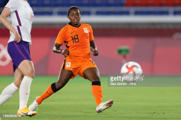Lineth Beerensteyn of Team Netherlands scores their side's second goal during the Women's Group F match between Netherlands and China during the...