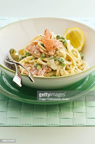 Linguine with smoked salmon and peas