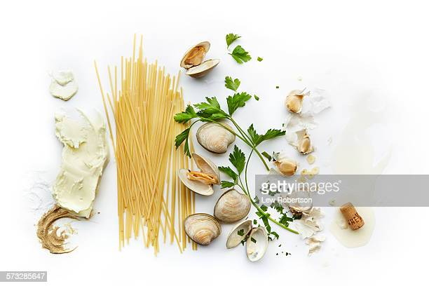 Linguini and clam sauce ingredients