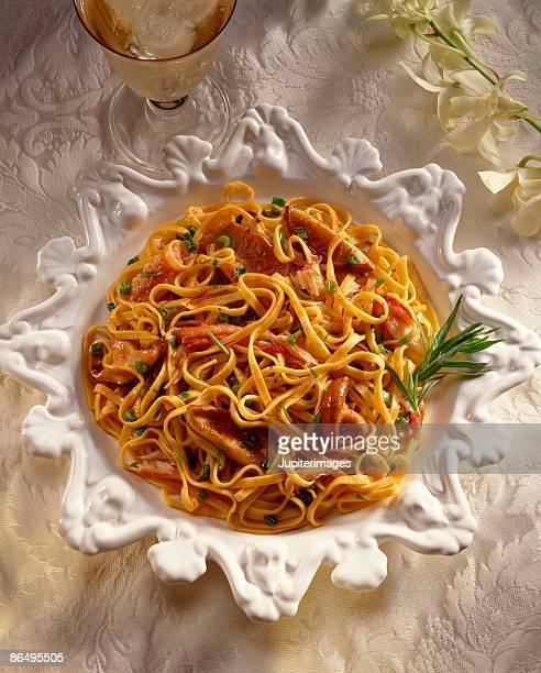 Linguini with mushrooms and crab