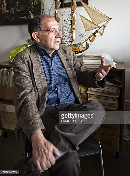 Linguist of the Colegio de Mexico Luis Fernado Lara speaks during a interview with AFP on August 2, 2016 in Mexico City. / AFP / OMAR TORRES