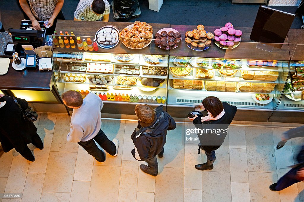 Futter an Café mit köstlichem Gebäck für einen snack. : Stock-Foto
