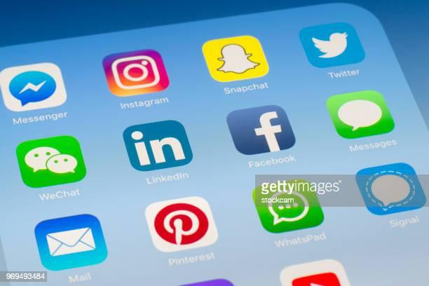 LinkedIn, Facebook et autres applications de médias sociaux sur l'écran de l'iPad