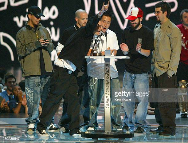 Linkin Park accepts award for Best Rock Video at the 2003 MTV Video Music Awards