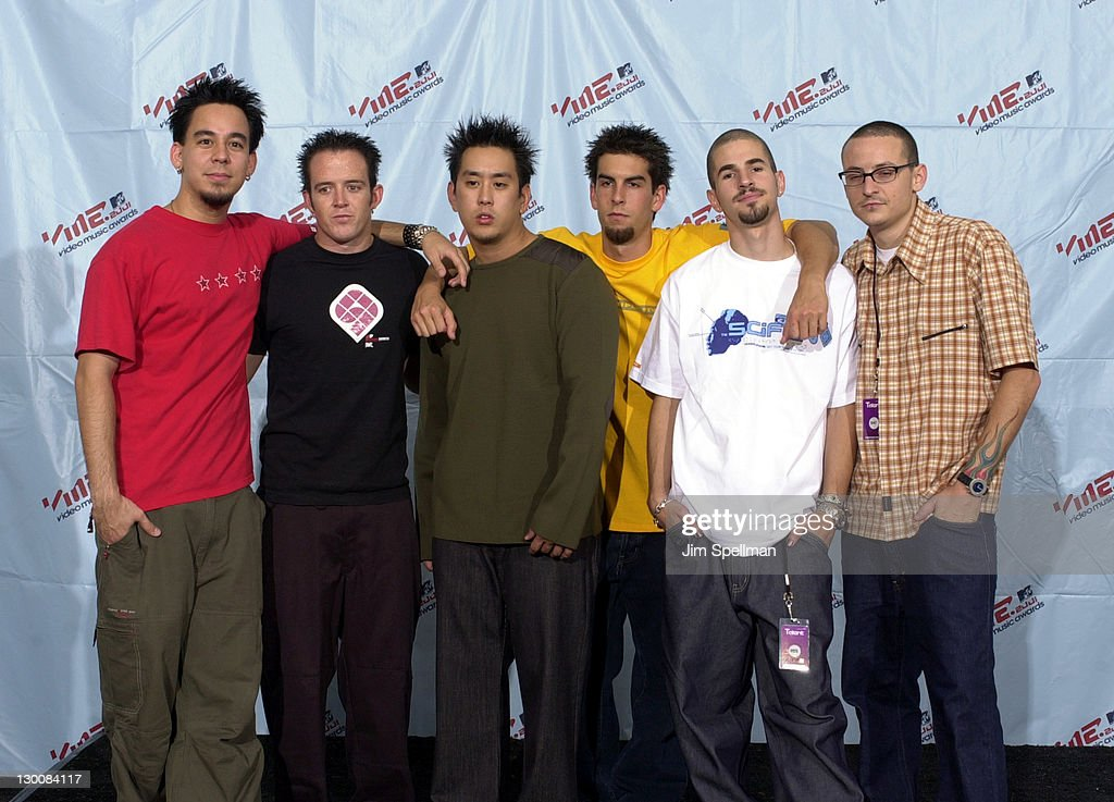 2001 MTV Video Music Awards - Press Room : News Photo
