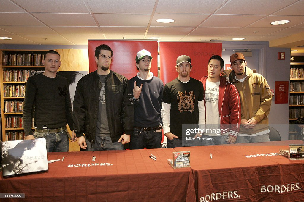 Linkin Park during a book signing at Borders book store in downtown Manhattan on December 14, 2004.