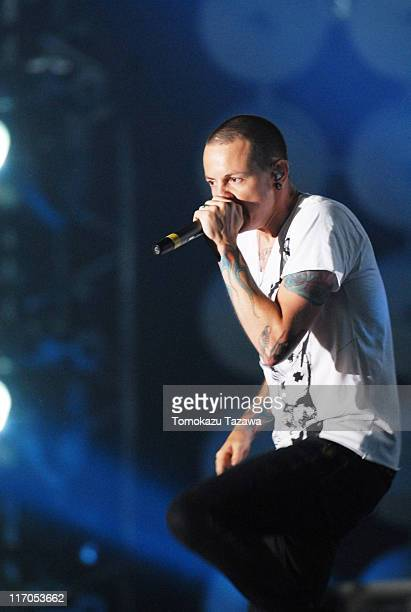 Linkin Park performs on stage at the Tokyo leg of the Live Earth series of concerts, at Makuhari Messe, Chiba on July 7, 2007 in Tokyo, Japan.