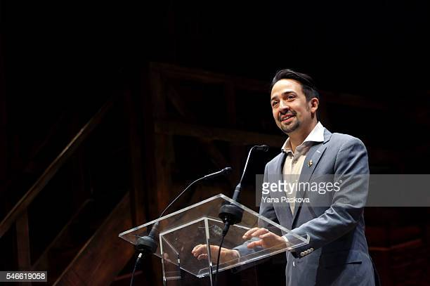 """Lin-Manuel Miranda, creator of the Broadway musical """"Hamilton,"""" introduces Democratic presidential candidate Hillary Clinton after a special..."""