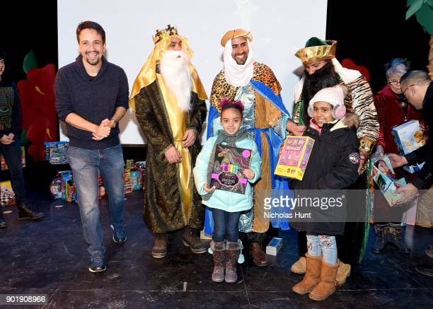 LinManuel Miranda helps distribute toys to kids at the Celebration of Three Kings Day and Toy Donation with Hispanic Federationon January 6 2018 in...