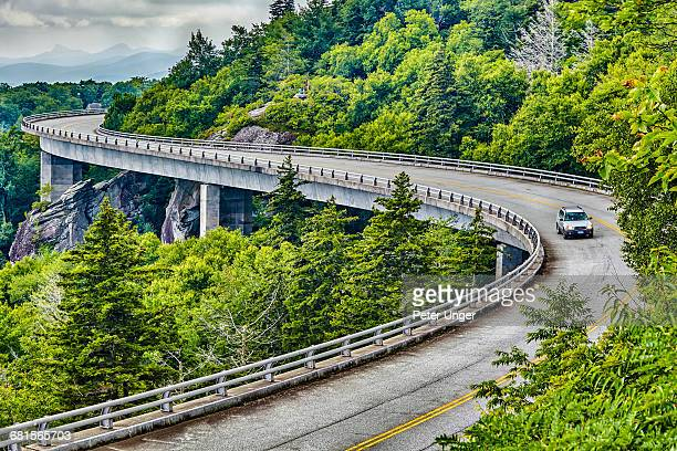 linn cove viaduct,blue ridge parkway,usa - viaduct stock pictures, royalty-free photos & images